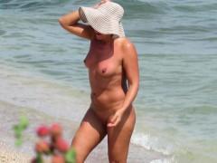 Sex On The Beach Amateur Nudist Voyeur Milfs