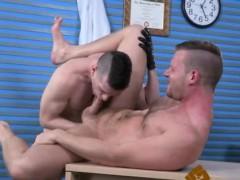 Fist Slave Male Gay Brian Handballs Axel's Piggy Crevice Unt