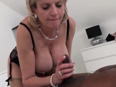 cheating-english-mature-gill-ellis-shows-off-her-big-tits