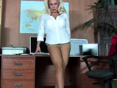 office-blonde-has-fantastic-legs