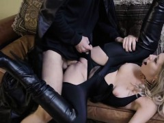 Chick Zoey Monroe Gets Boned After Halloween Party