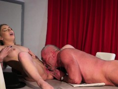 Old doctor fuck healing wet pussy with high fever