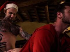 tattoo-boy-rimming-and-cumshot