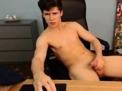 romanian-that-are-nude-hottie-masturbating-on-camera