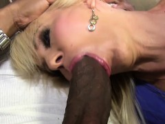 blonde-cougar-erica-lauren-loves-black-cock