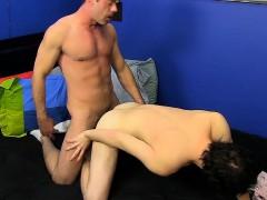 Mike Manchester Slams The Ass Of An Adorable Josh Bensan.