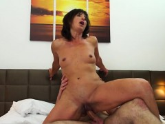 hot-milf-oral-with-cum-on-face
