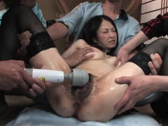 vixen-with-amazing-tits-gets-toy-play-before-gang-bang