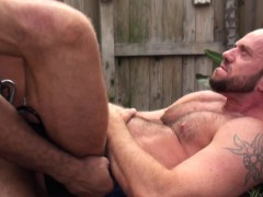 outdoor-interracial-bareback-therapy-for-white-hunk