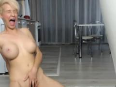 lustful-big-tits-camgirl-masturbates-for-your-enjoyment