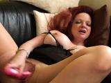 Brit dildofucking her shaved cunt