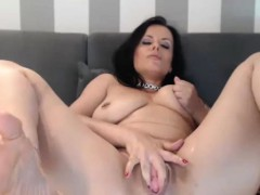 perfect-milf-whore-masturbating-like-crazy