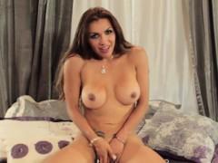 Busty Latina Trap Teases Before Glamorous Tug