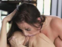 angela-caught-kimmy-in-her-orgasm