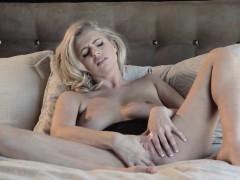 babes-feel-it-all-starring-alexa-johnson-cl