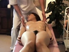 asian-hairy-pussy-spread-wet-massage