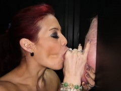 this-is-ryder-s-first-experience-in-a-gloryhole-booth-and