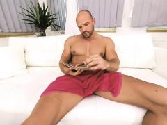 gay-vr-porn-bald-sexy-thomas-masturbates-in-the-shower