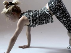sexy-ass-gymnast-rita