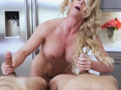 A hot family threesome in t he kitchen