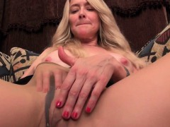 next-door-milfs-from-the-usa-eva-lani-and-hope