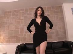 Gorgeous Asian Secretary Loves Sex