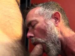 mature-bear-barebacking