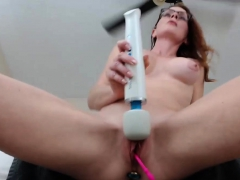 Hot Sexy Nerdy Camgirl Teasing Us In This One