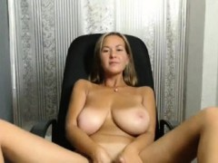big-boobs-wife-striptease