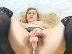 busty-bbw-mature-has-really-creamy-pussy