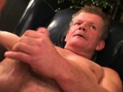 muscular-mature-plumber-stroking-his-stiff-fat-cock