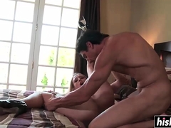 sexy-blonde-gets-a-big-donger