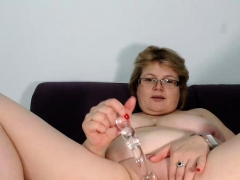 dirty-shaved-model-drilling-her-glorious-fuckhole