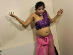 gujarati-hot-babe-rupali-dirty-talking-and-stripping-show