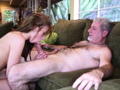 molly-mansons-pussy-screwed-by-a-daddy-cock