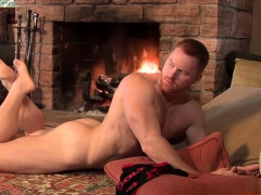 muscle-gay-rimjob-with-cumshot