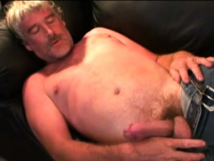 Mature Amateur Grant Jerks Off