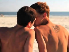 bald-gay-twinks-and-his-boi-suck-each-others-burrito-outdoor