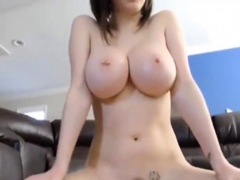 Big boobs torso sucking and riding
