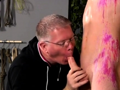short-penis-gay-porn-xxx-the-stud-is-so-inexperienced