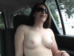 Pretty Girl Fingers Her Cunt In The Car