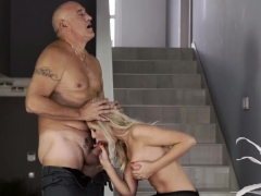 Blonde Cuckold Gangbang And Brunette Eating Blondes Pussy