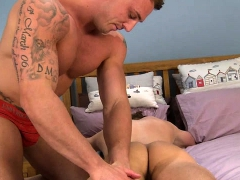 Muscle Gay Handjob With Massage