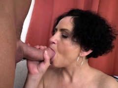 hot-milf-blowjob-with-cumshot
