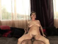 hot-mature-sex-with-cumshot