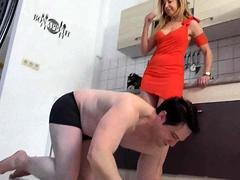 Femdom Sluts Kicks Slaves
