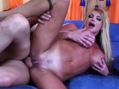 Sexy Wife Wants Her Hubby's Big Pecker