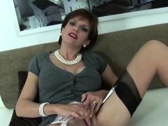 Unfaithful British Mature Lady Sonia Flaunts Her Big Tits04b