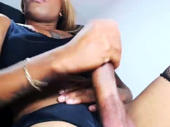 black-ebony-tranny-shemale-eager-solo-sex