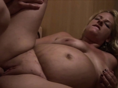 slutty-and-knocked-up-blonde-sucks-and-fucks-on-the-couch
